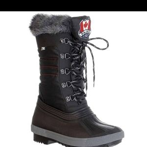 NWOB PAJAR Debby winter boots